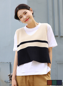 66GIRLSV-Neck Color-Blocked Knit Vest